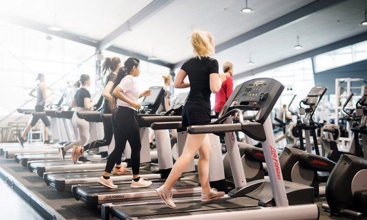 People using the treadmills at Manawatū Rec Centre