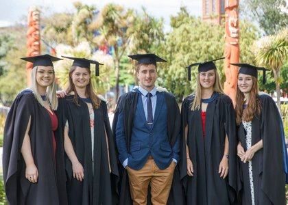 A group of Massey Science graduates on the Manawatu campus